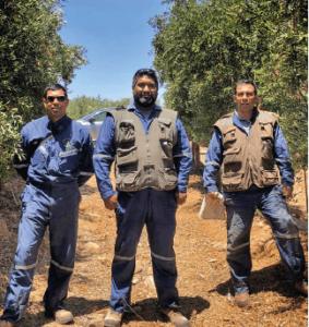 José Luis Rojas, Jefe de riego; Darwin Oyarce Supervisor 220 ha; Osvaldo Carvajal, Supervisor 230 ha. Colaboradores desde el inicio del campo, año 2011.